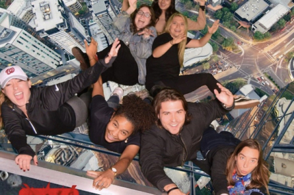 see sights of Eureka Tower tour