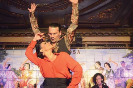 see sights of A dinner and Flamenco show