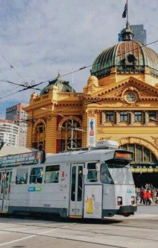 Australia see sights
